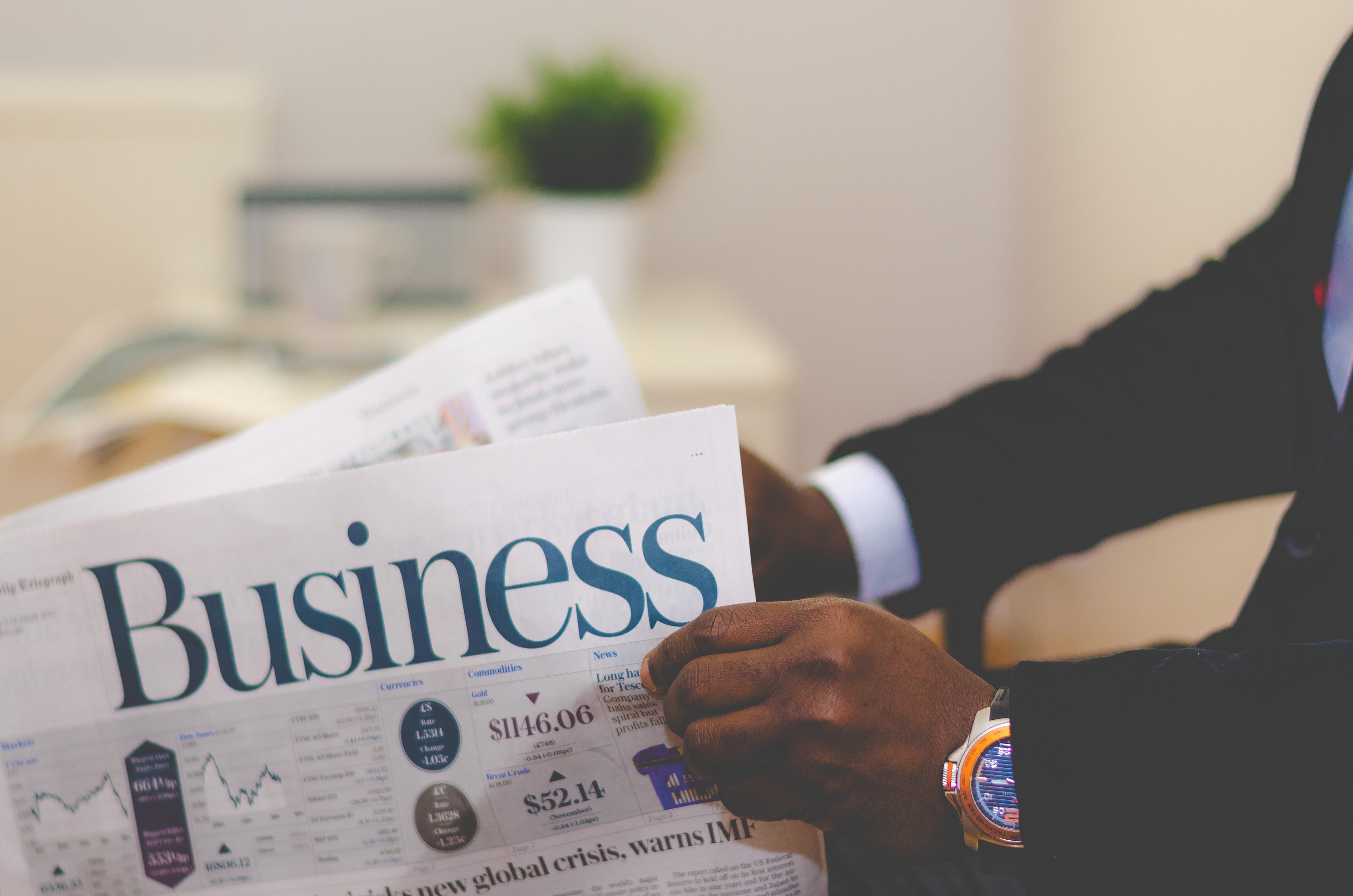 Business English phrasal verbs